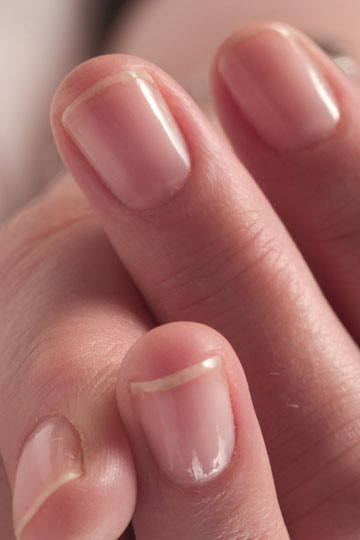 how to clean short dirty nails
